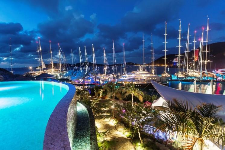Una flotta maestosa per la Loro Piana Caribbean Superyacht Regatta & Rendezvous 2016