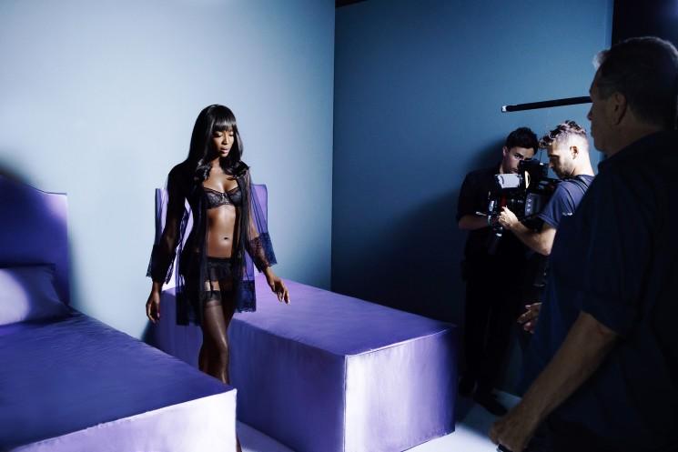 La primavera Yamamay con Naomi Campbell