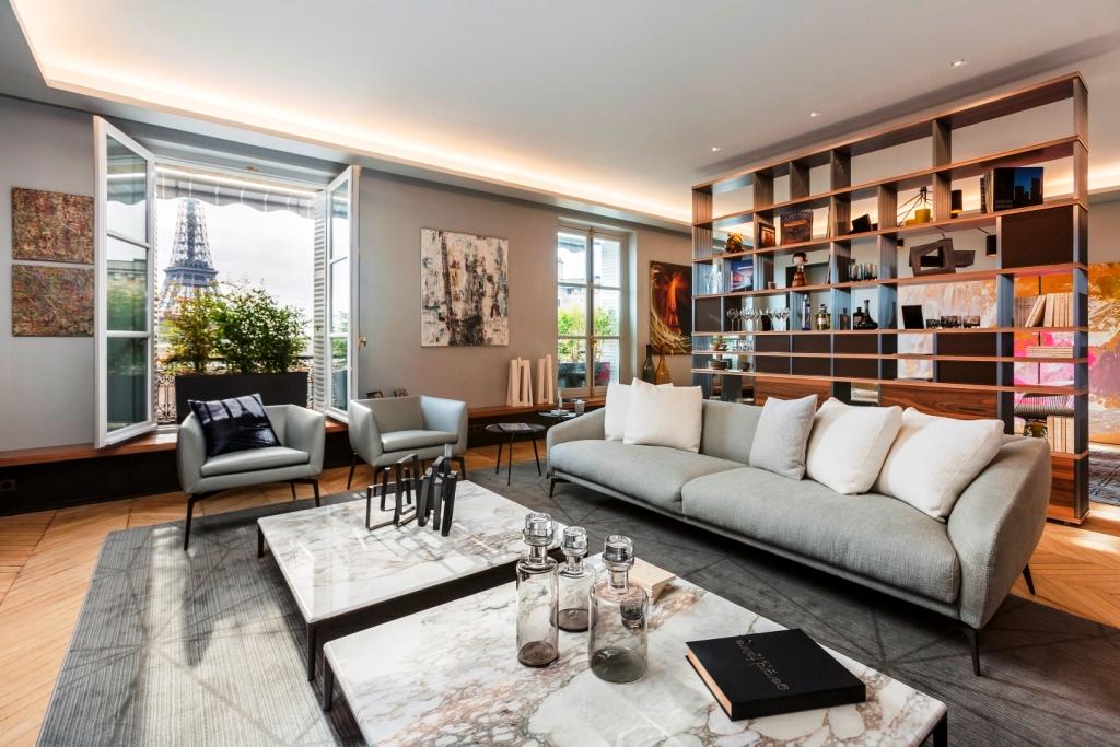 Alivar arreda un lussuoso appartamento parigino for Appartamenti a parigi