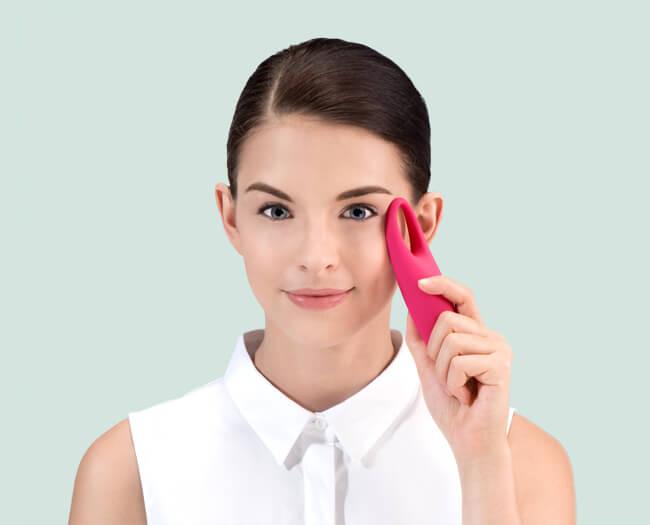 Novità su The Beautyaholic's Shop: IRIS™ FOREO, massaggiatore per il contorno occhi