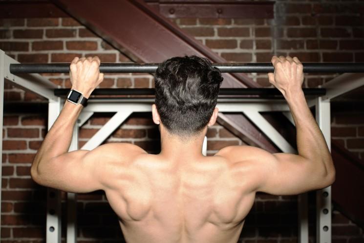 Fitbit Blaze, l'orologio dedicato al fitness per restare in forma