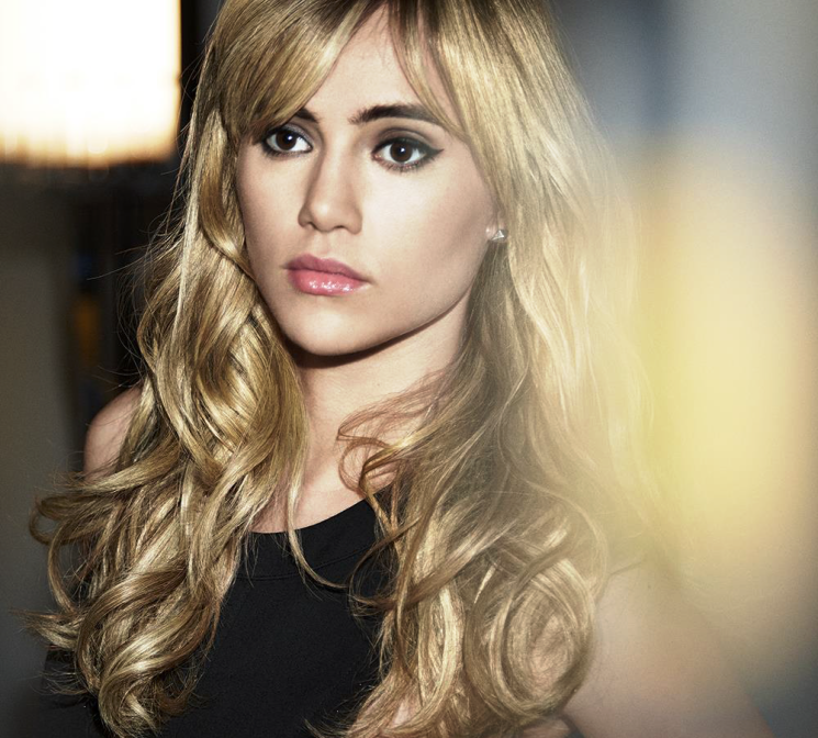 REDKEN: Suki Waterhouse interpreta il biondo BABYLIGHTS