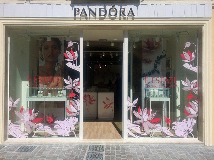 Pandora raddoppia in Sardegna e apre a Cagliari