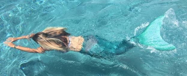 Prima Mermaid School delle Isole Vergini Britanniche, per nuotare come sirenette e tritoni