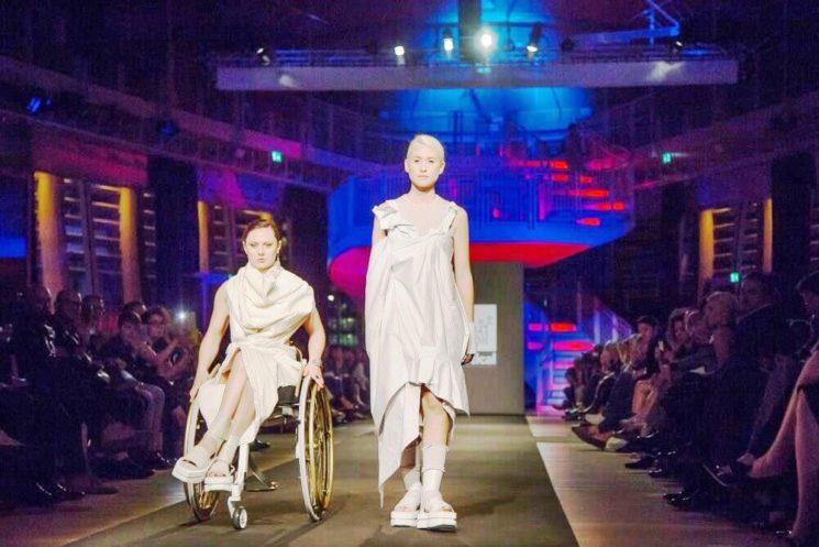 Modelle & Rotelle, una sfilata rivoluzionaria durante la Fashion Week milanese