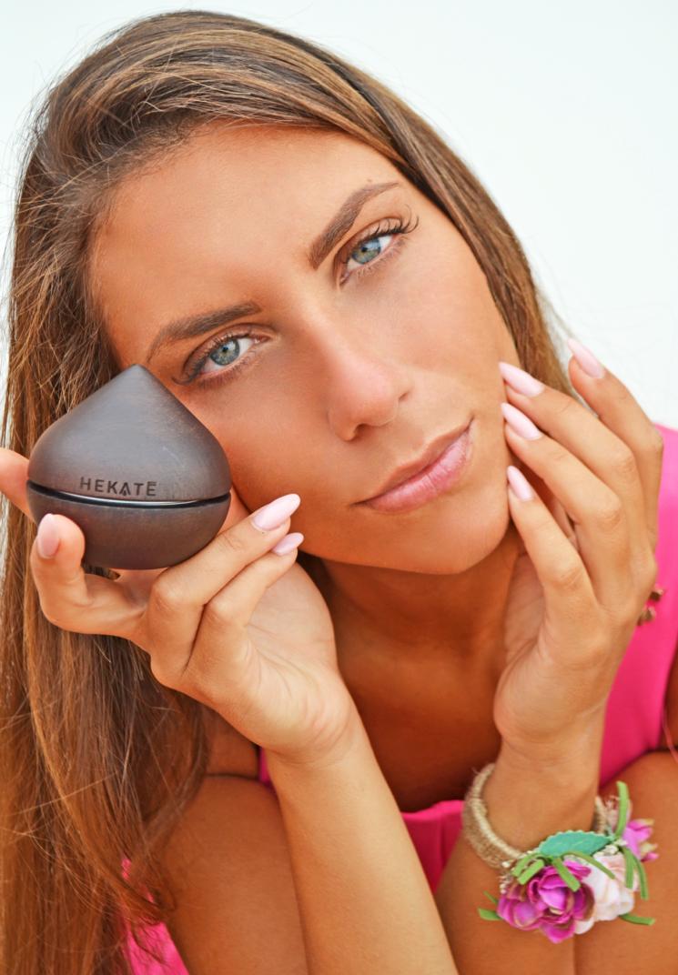 Hekatè, crema viso creata su misura, innovativa, naturale, esclusiva