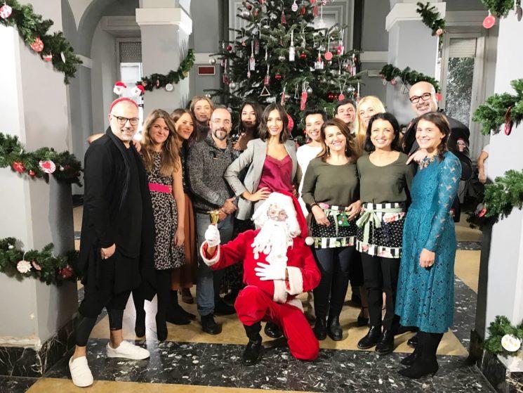 """Caterina Balivo accende l'albero di Natale di """"Detto Fatto"""""""