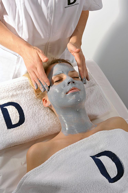 Dermophisiologique: pulizia e tonificazione con la Maschera al ferro