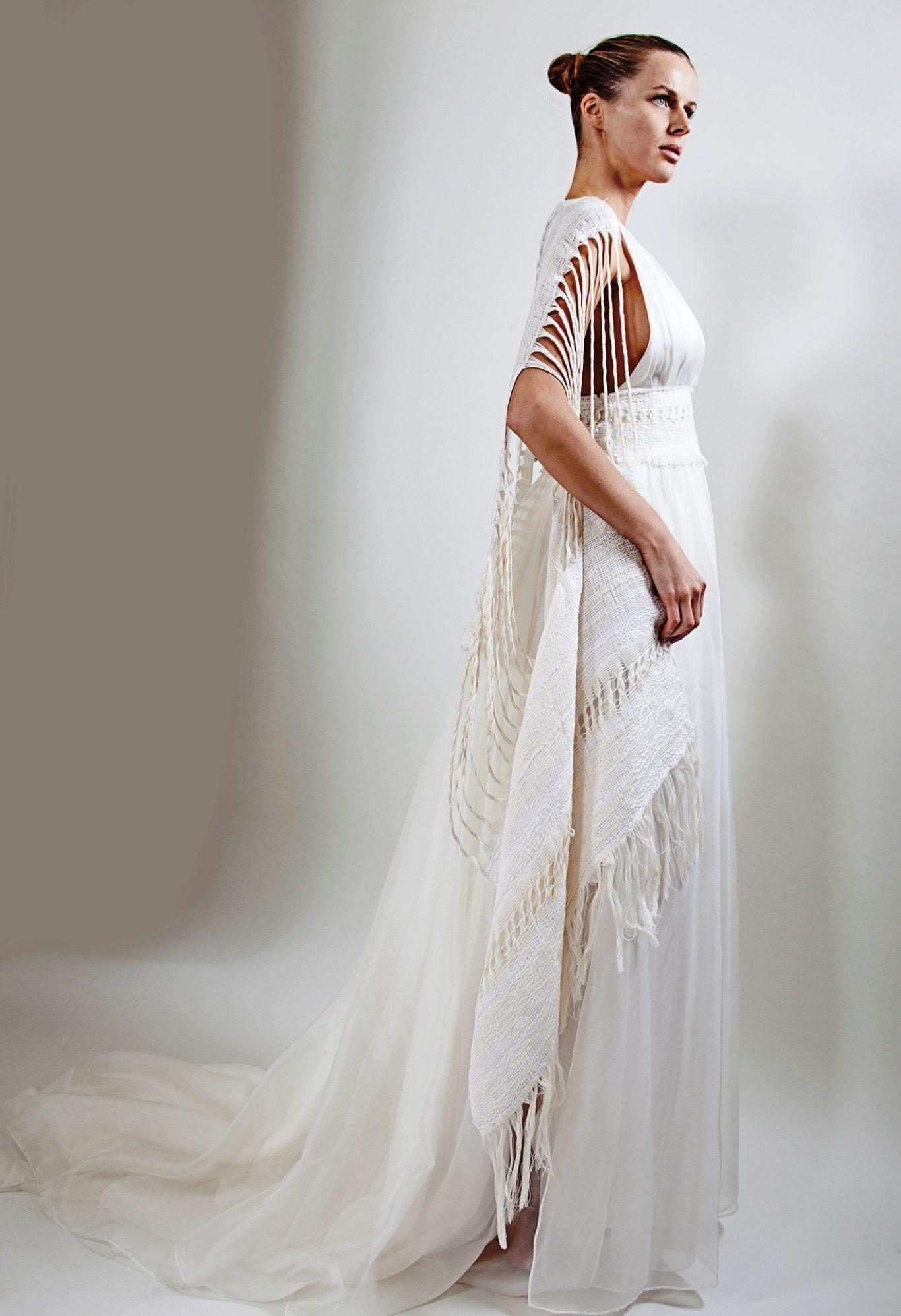 5a4de20eddef CANGIARI per Fashion Revolution  l abito da sposa si trasforma ...