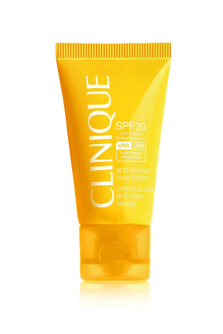 Per le sun addicted SPF 30 Anti-Wrinkle Face Cream e Nuovo spf 30 Mineral Powder makup for face di Clinique