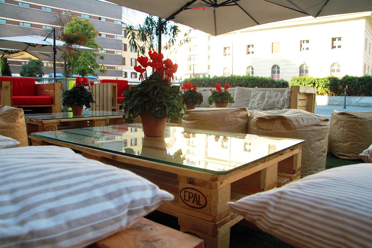 800x1200 eco design una linea d arredo per gli spazi en for Arredo terrazzo online