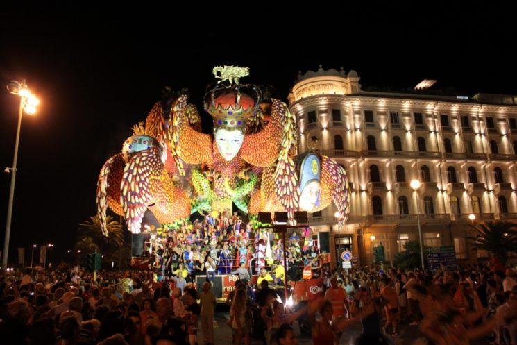 Al Grand Hotel Principe di Piemonte per il Carnevale di Viareggio