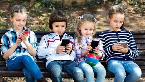 McAfee e LG insieme per la sicurezza dei bambini che utilizzano smartphone LG