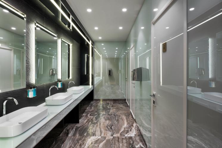 Ceramica Cielo firma le sale da bagno della nuova Casa Alitalia di Roma