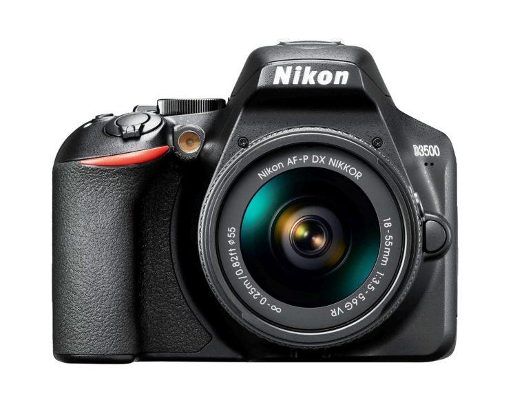Nuova NIKON D3500, la reflex digitale entry level dall'anima premium