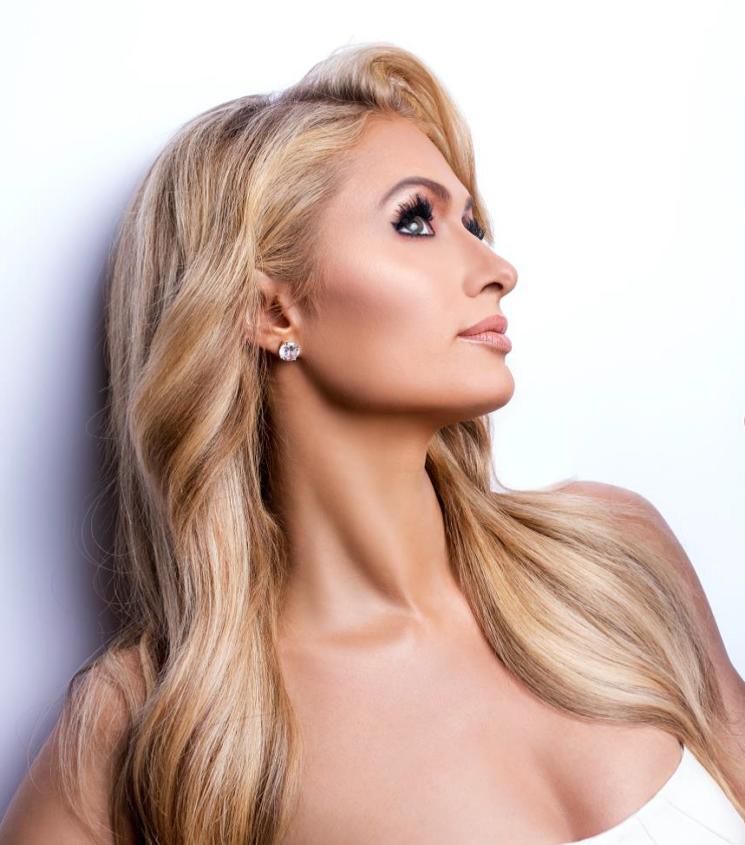Paris Hilton a Milano per il primo lancio europeo della sua Linea Skin Care ProD.N.A.
