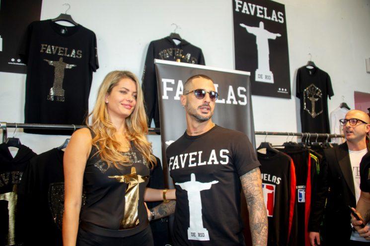 Fabrizio Corona a Pitti Uomo 95 per il brand Favelas de Rio