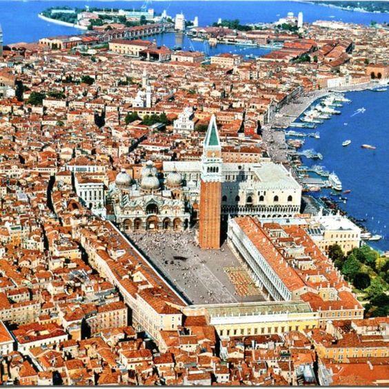 Il Touring Club Italiano e la tassa di sbarco a Venezia: occasione persa