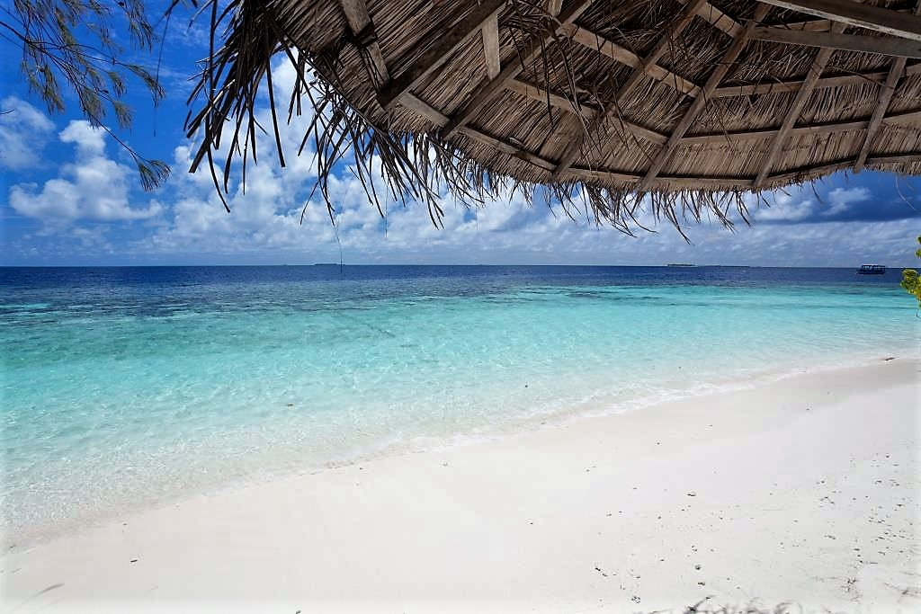 Sandies bathala per un soggiorno indimenticabile alle for Soggiorno alle maldive