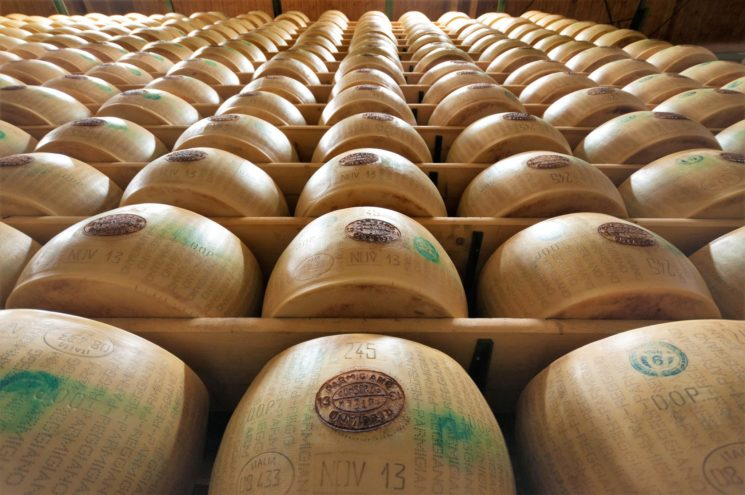 Parmigiano Reggiano: forte incremento del fatturato, in crescita l'export