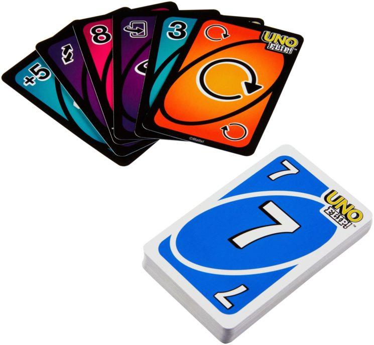 #UNODINOI, il gioco di carte più amato da tutti