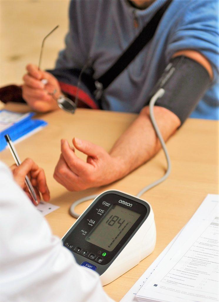 Ipertensione: lo studio di Omron Healthcare per un nuovo stile di vita