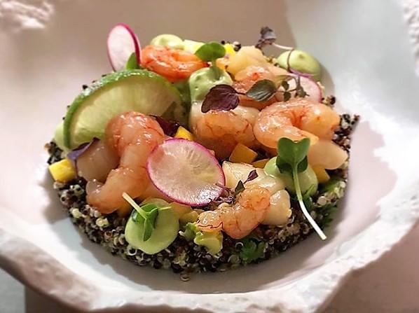 Lo Chef Philip Guardione dei ristoranti Piccola Cucina Ibiza e New York propone la Quinoa Garden Salad
