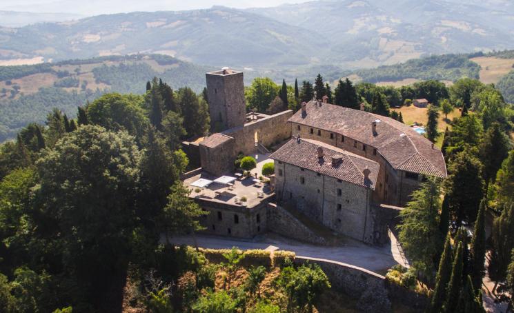 Al Castello di Petroia (PG) per un soggiorno regale