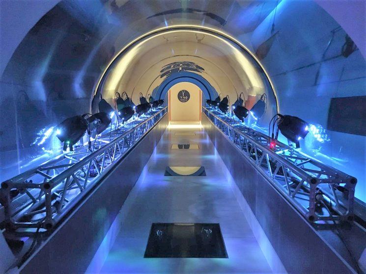 Y-40® – Dive Me To The Moon: nella piscina più profonda del mondo la ricostruzione del modulo lunare