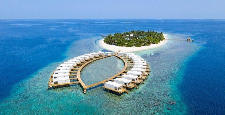 Sandies Bathala, una nuova, affascinante struttura nelle magiche Maldive