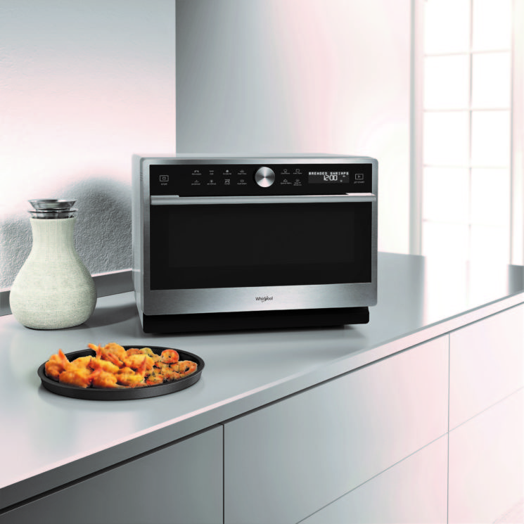 Whirlpool: cucinare a Natale con il Microonde Supreme Chef e il Microonde ExtraSpace