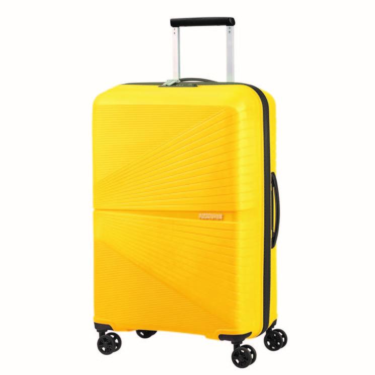 American Tourister per celebrare la festa più gialla dell'anno