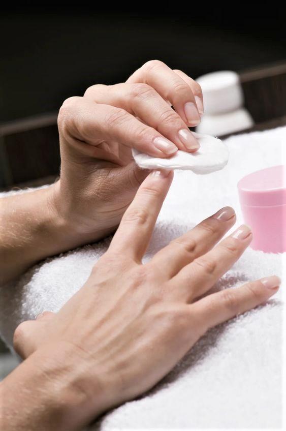 Faby per una manicure impeccabile anche a casa