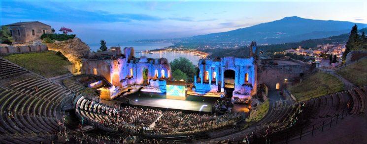 Allarme Taormina che rischia il collasso