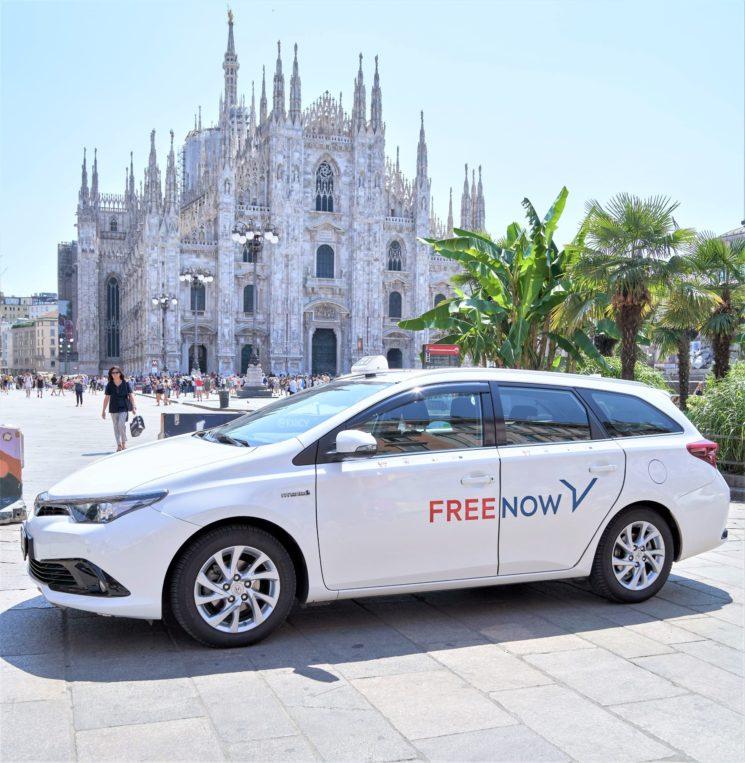 """FREE NOW: opzione """"Taxi + Schermo"""" per corse all'insegna della sicurezza"""