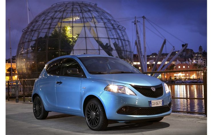 Nuova Lancia Ypsilon Hybrid EcoChic più attenta all'ambiente
