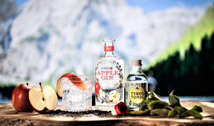 Distillerie Roner: nuovo KIKU Apple Gin