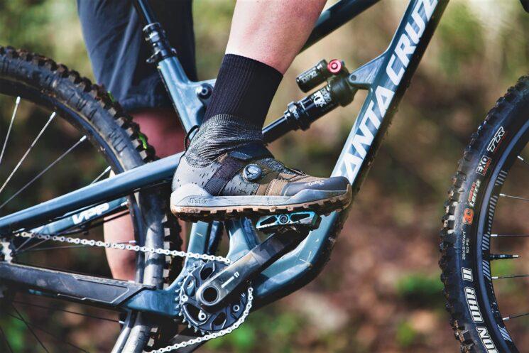 Winter cycling BOA