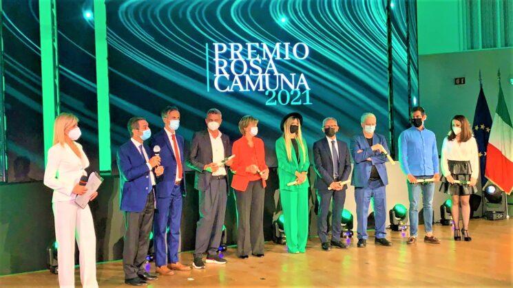 """Menzione speciale """"Rosa Camuna"""" Regione Lombardia per Enrico Dalceri, la Mabilia dei Legnanesi"""