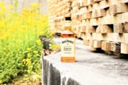 20 maggio World Bee Day. Jack Daniel's Tennessee Honey invita a tutelare l'ambiente per salvaguardare le api