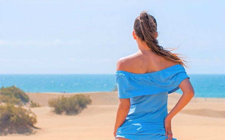 Capelli stressati da sole e salsedine? E' importante prendersene cura