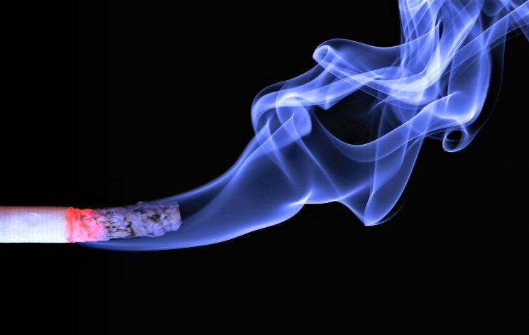 Ricerca: il fumo riduce la fertilità maschile e interferisce con la procreazione assistita