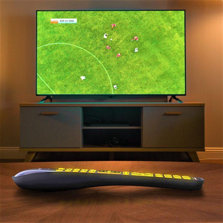 Meliconi Gumbody Facile 5.1 LED, 5 telecomandi in uno e tastiera retroilluminata