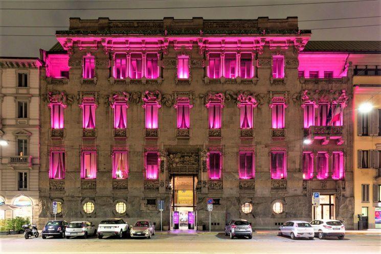 Confcommercio Milano: Palazzo Castiglioni si illumina di rosa